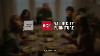 Value City Furniture Black Friday Sale TV Spot, 'Great Moments Deserve Great Furniture' - Thumbnail 10