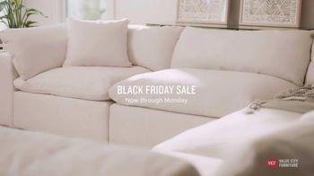 Value City Furniture Black Friday Sale TV Spot, 'Great Moments Deserve Great Furniture' - Thumbnail 4