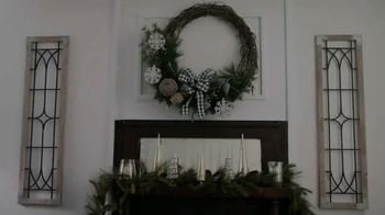 Hobby Lobby TV Spot, '2018 Holidays: Farmhouse Wreath' - Thumbnail 1
