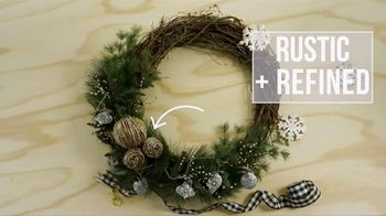 Hobby Lobby TV Spot, 'Holidays: Farmhouse Wreath'
