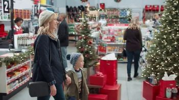 ACE Hardware TV Spot, 'Holidays: Gifts for Dad' - Thumbnail 1