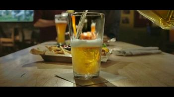 Buffalo Wild Wings $5 Gameday Menu TV Spot, 'Time to Collect' - Thumbnail 1
