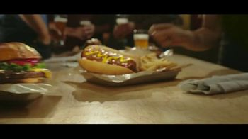 Buffalo Wild Wings $5 Gameday Menu TV Spot, 'Time to Collect' - Thumbnail 6