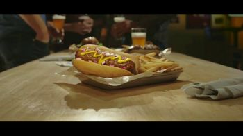 Buffalo Wild Wings $5 Gameday Menu TV Spot, 'Time to Collect' - Thumbnail 7