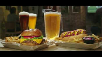 Buffalo Wild Wings $5 Gameday Menu TV Spot, 'Time to Collect' - Thumbnail 8