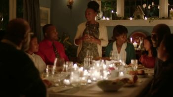 XFINITY TV Spot, 'Holidays: Traditions' Song by Perry Como - Thumbnail 10