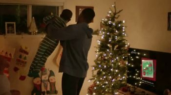 XFINITY TV Spot, '2018 Holidays: Traditions' Song by Perry Como - Thumbnail 6
