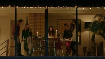 XFINITY TV Spot, 'Holidays: Traditions' Song by Perry Como - Thumbnail 9