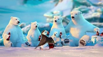 Coca-Cola TV Spot, 'Puffin' - Thumbnail 9