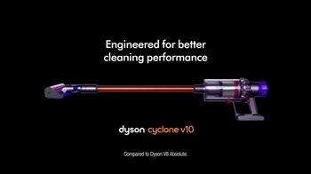 Dyson Cyclone v10 TV Spot, 'Digital Vacuum' - Thumbnail 9