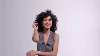 L'Oreal Paris True Match TV Spot, '45 tonos' con Aja Naomi King [Spanish] - Thumbnail 7