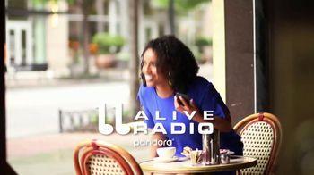 Pandora Radio TV Spot, 'Cafe Playlist' - Thumbnail 8