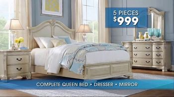 Rooms to Go Summer Sale and Clearance TV Spot, 'Bedroom' - Thumbnail 7