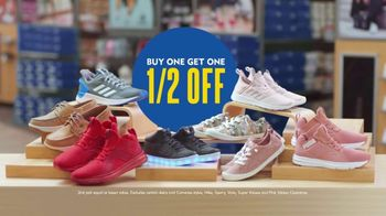 Shoe Carnival Buy One, Get Half Off Event TV Spot, 'Lots of Shoes' - Thumbnail 8