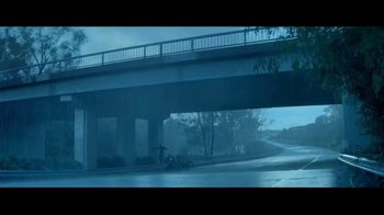 Progressive TV Spot, 'Overpass' - Thumbnail 1