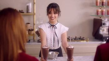 L'Oreal Paris Les Chocolats TV Spot, 'Yummy Shades' Song by Queen - Thumbnail 4
