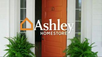 Ashley HomeStore Black Friday in July TV Spot, 'Final Week: Sectional' - Thumbnail 1