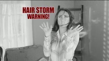 True Touch Deshedding Glove TV Spot, 'Winter Hair Storm Warning' - Thumbnail 3