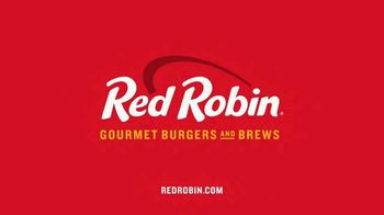Red Robin Cowboy Ranch Tavern Double TV Spot, 'Giddy Up' - Thumbnail 9