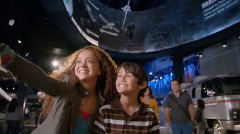 Kennedy Space Center Visitor Complex TV Spot, 'A Gateway to the Cosmos' - Thumbnail 9