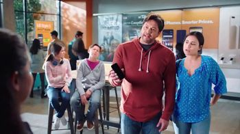 Boost Mobile TV Spot, 'A mitad de camino' [Spanish]