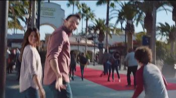 Universal Studios Hollywood TV Spot, 'Kung Fu Panda: abierto' [Spanish] - Thumbnail 2