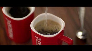 Nescafe Clásico TV Spot, 'Compartir' con Ricky Martin [Spanish] - Thumbnail 4