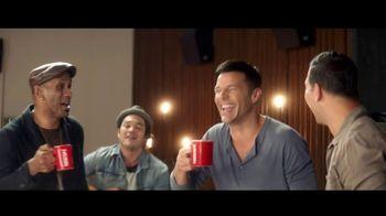 Nescafe Clásico TV Spot, 'Compartir' con Ricky Martin [Spanish] - Thumbnail 6