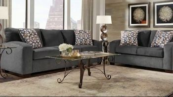 Rooms to Go Summer Sale and Clearance TV Spot, 'Sofas & Loveseats' - Thumbnail 2