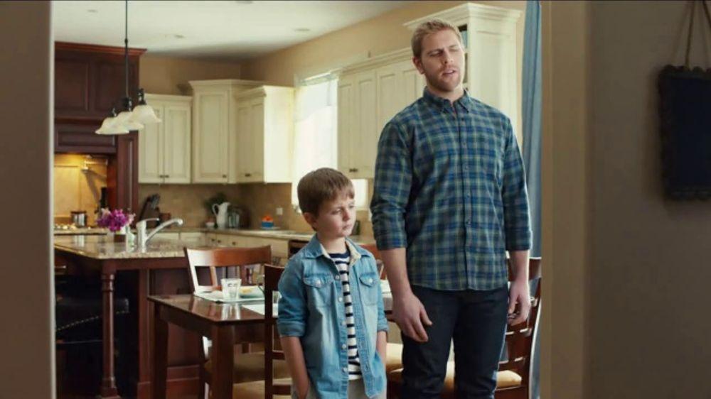 Dutch Boy Platinum Plus TV Commercial, 'Paint That Resists Stains'