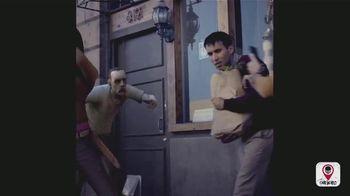 The Walking Dead: Our World TV Spot, 'Sidewalk' - Thumbnail 6