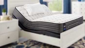 Rooms to Go Summer Sale and Clearance TV Spot, 'Queen Mattress' - Thumbnail 1