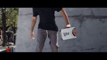 Miller Lite TV Spot, 'Chicago's Number One' - Thumbnail 4