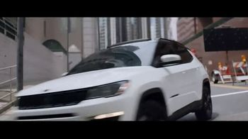 Jeep Summer of Jeep TV Spot, 'Detour' Song by OneRepublic [T1] - Thumbnail 4