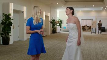 Priceline.com TV Spot, 'Wedding' Featuring Kaley Cuoco - Thumbnail 7