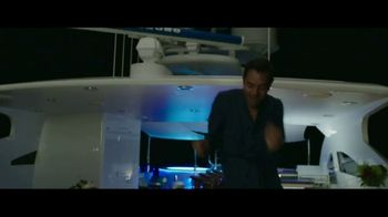 Overboard Home Entertainment TV Spot [Spanish] - Thumbnail 4