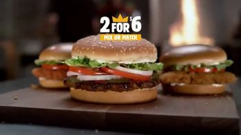 Burger King 2 for $6 Mix or Match TV Spot, 'Llévate dos' [Spanish] - Thumbnail 2