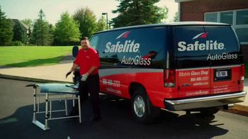 Safelite Auto Glass TV Spot, 'Saving Time with Mobile Windshield Service' - Thumbnail 1