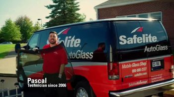 Safelite Auto Glass TV Spot, 'Saving Time with Mobile Windshield Service' - Thumbnail 2