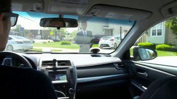 Uber TV Spot, 'Don't Strand New Yorkers' - Thumbnail 4