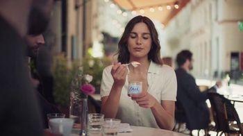 Yoplait Oui Sea Salt Caramel TV Spot, 'Upside Down' - Thumbnail 5