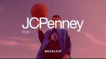 JCPenney TV Spot, 'Kick Up Your Style' - Thumbnail 10