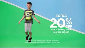 JCPenney TV Spot, 'Kick Up Your Style' - Thumbnail 9