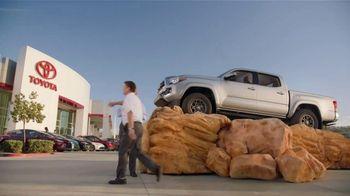 Toyota TV Spot, 'Pat the Intern' [T2] - Thumbnail 7