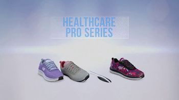SKECHERS Health Care Pro Series TV Spot, 'Prevenir caídas' [Spanish] - Thumbnail 8