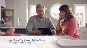 Experian Dark Web Triple Scan TV Spot, 'Fight Back' - Thumbnail 7