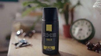 Axe Gold Body Spray TV Spot, 'Patinaje' canción de Shanice Ross [Spanish] - Thumbnail 1
