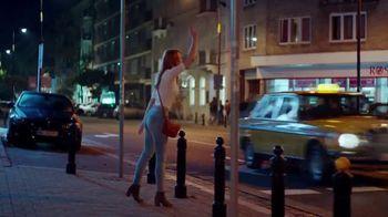 Axe Gold Body Spray TV Spot, 'Patinaje' canción de Shanice Ross [Spanish] - Thumbnail 4