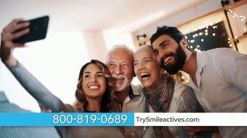 Smileactives TV Spot, 'Accelerates Whitening Results' - Thumbnail 9