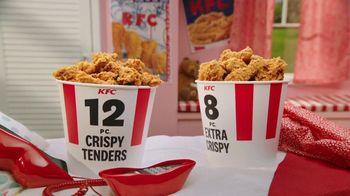 KFC $20 Fill Ups TV Spot, 'Feed a Family of Four' - Thumbnail 4